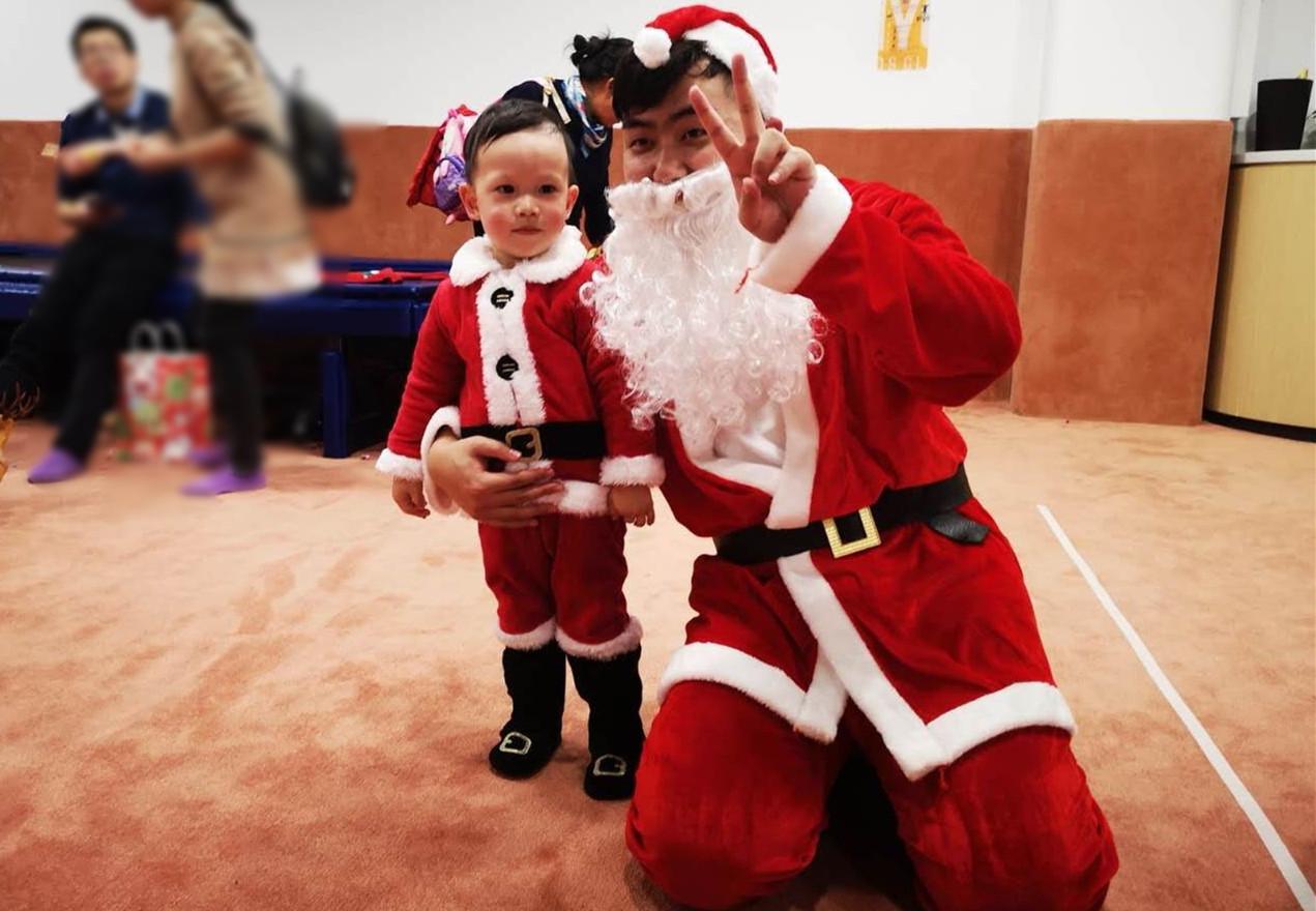 圣诞老人与小小圣诞老人