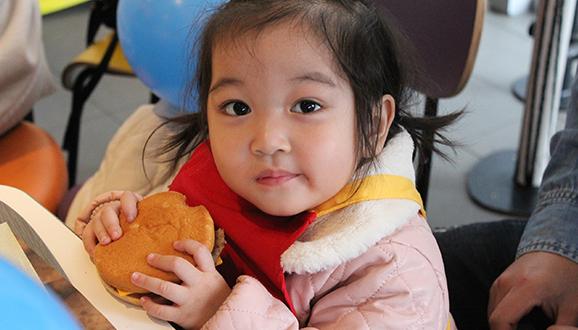 NYC纽约国际邯郸早教中心:麦当劳生日会精彩活动回顾