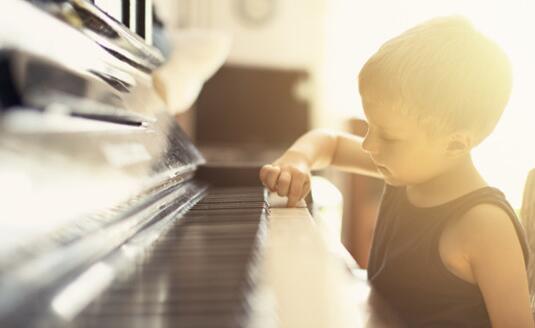 NYC杭州中大银泰城早教中心: 【活动回顾】小小钢琴师
